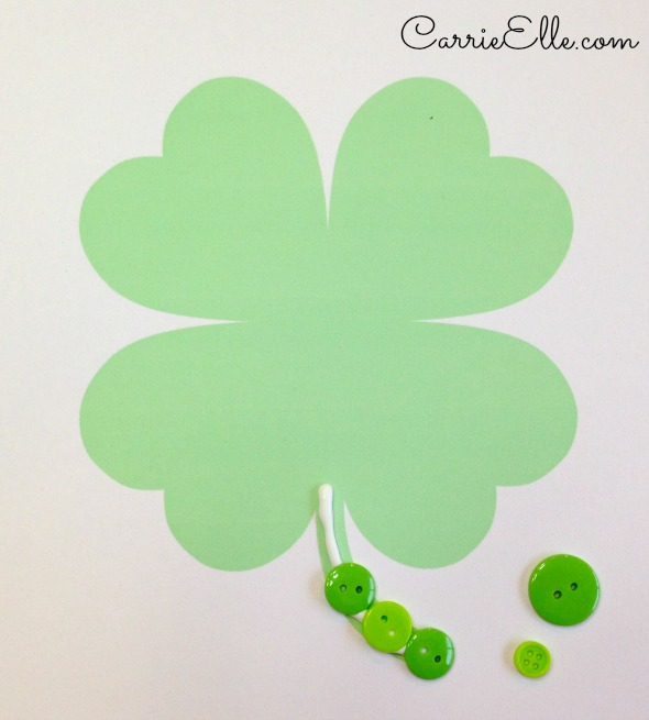 Easy St. Patrick's Day Craft Buttons