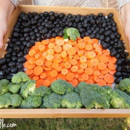 California Olives Creative Veggie Tray