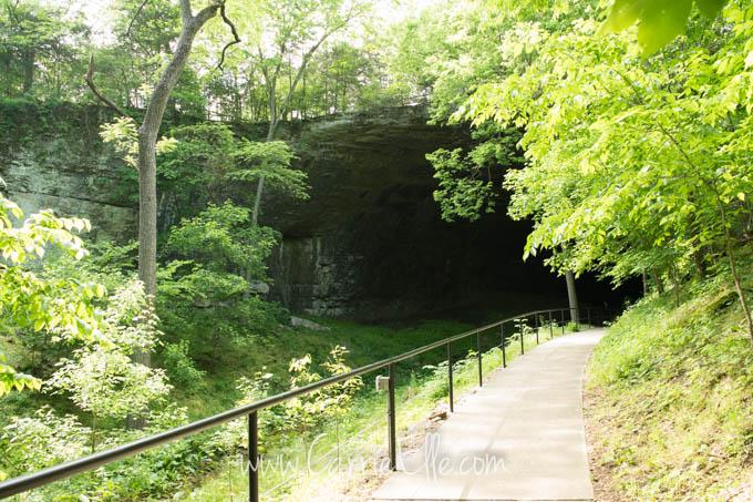 Smallin Civil War Cave Entrance