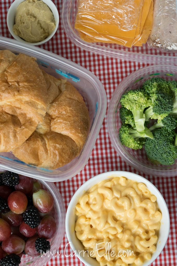 Glad Food Containers Picnic
