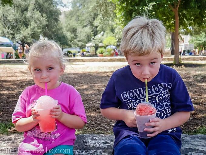 Snowcones at Alamo