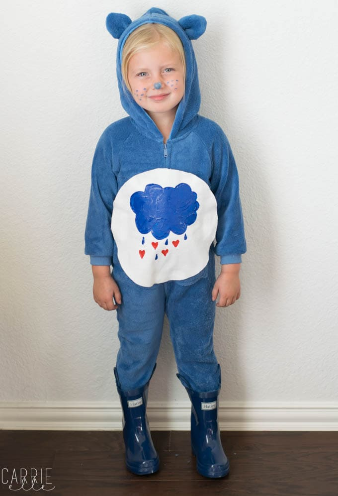 Easy No-Sew Care Bears Costume