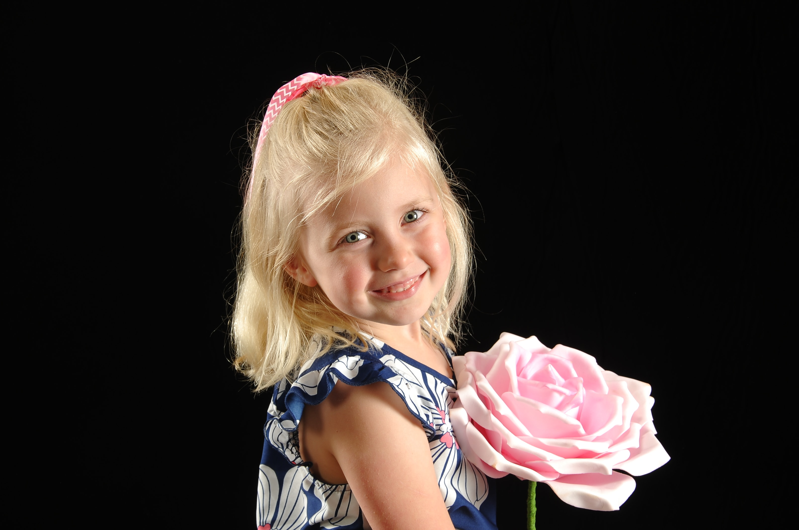 Easter, Mother's Day and Father's Day Gifts: Portrait Innovations Spring Specials