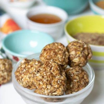 No-Bake Peanut Butter, Honey, and Cinnamon Energy Balls