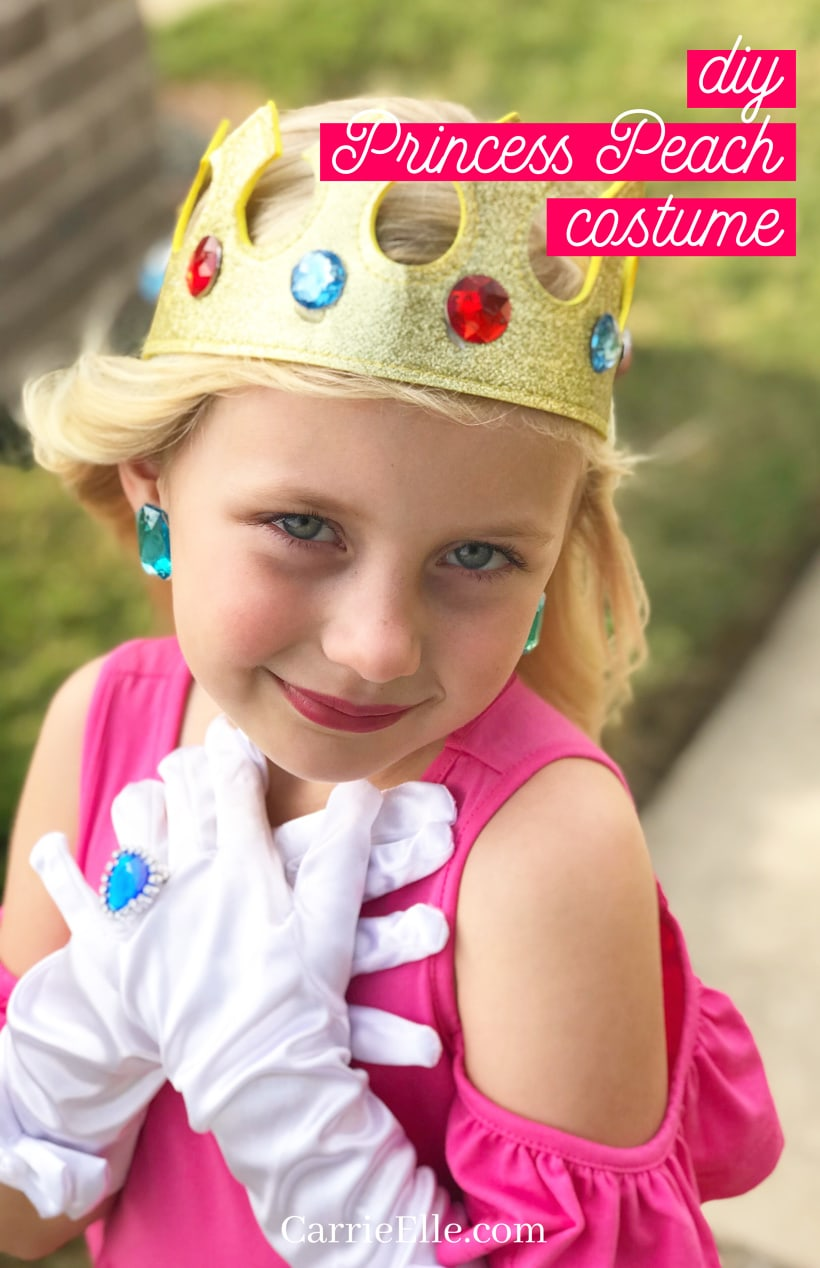 DIY Princess Peach Costume (1)