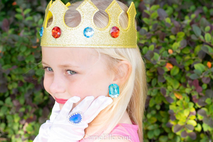 DIY Princess Peach Costume