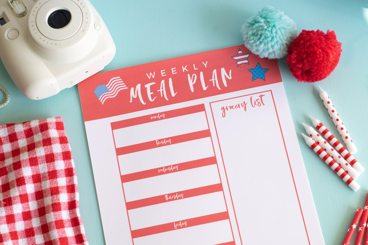 July Meal Planning Printable CarrieElle.com